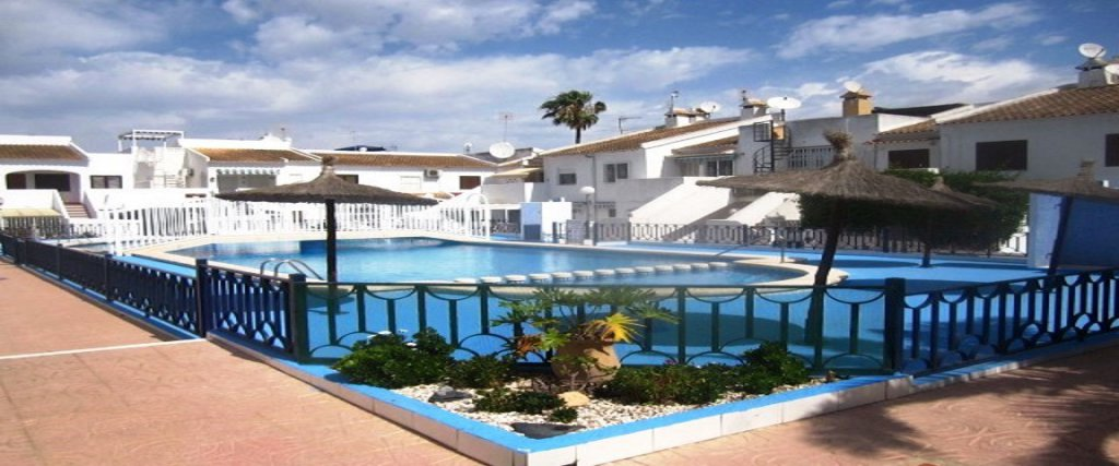 Torrevieja apartment 1 bed pool 5 min beach