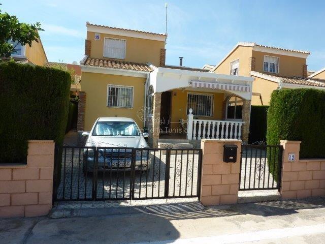 Los Balcones villa meublee 2 ch cheminee terrasse piscine