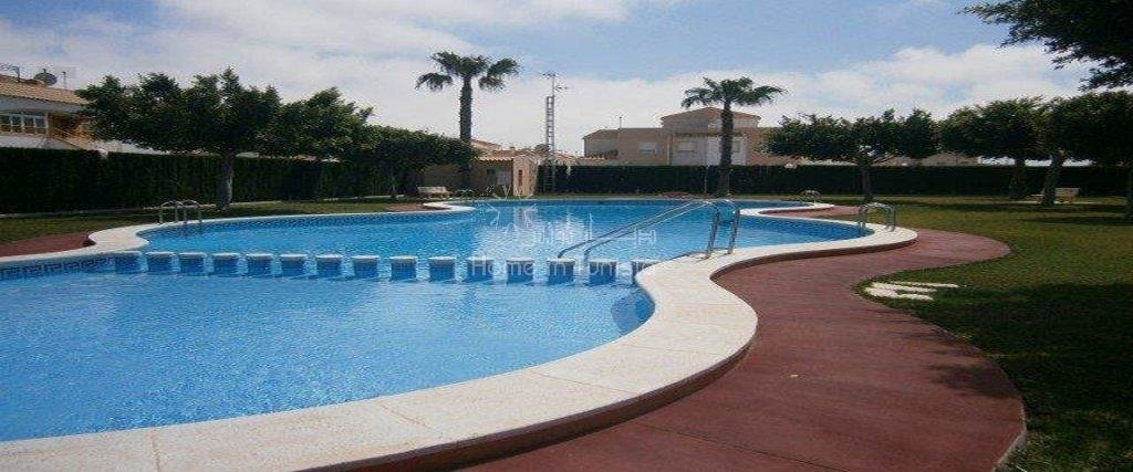 Torrevieja appart meuble 2 ch proche de toutes commodités et des plages tres bonne affaire