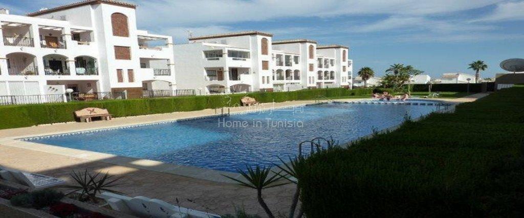 Appartement 2 ch terrasse veranda vue mer piscine