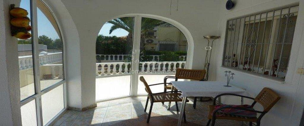 La Florida furnished villa 2 bed terrace garden veranda solarium