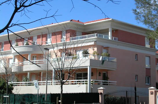 Apartment Golfe Juan, beaches and shops at walking distance