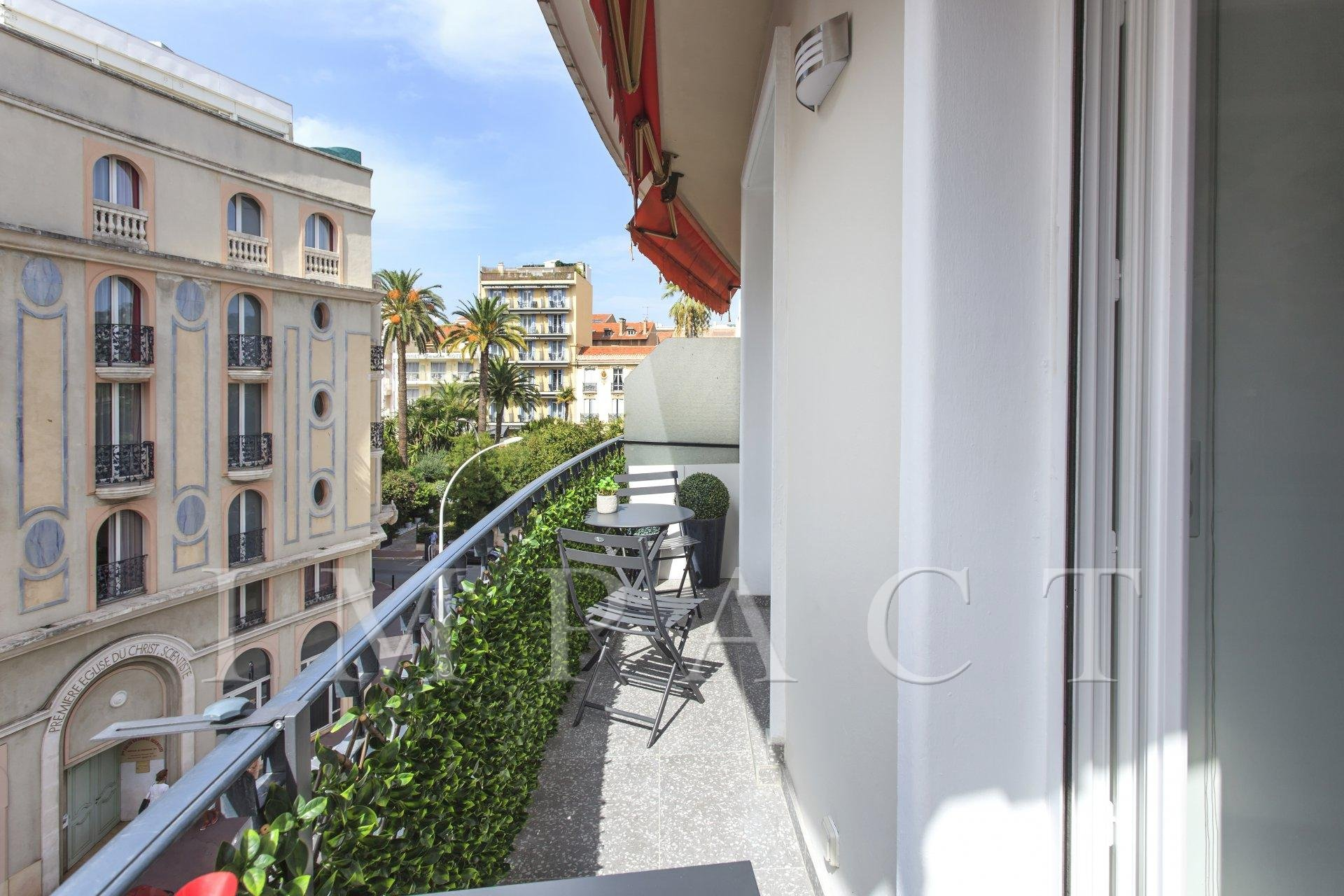 Apartment to rent Cannes center.