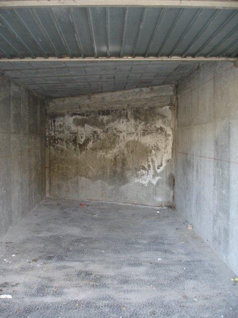 VENCE: BEAU GARAGE DE PLAIN PIED