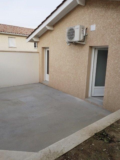 Maisonnette avec terrasse