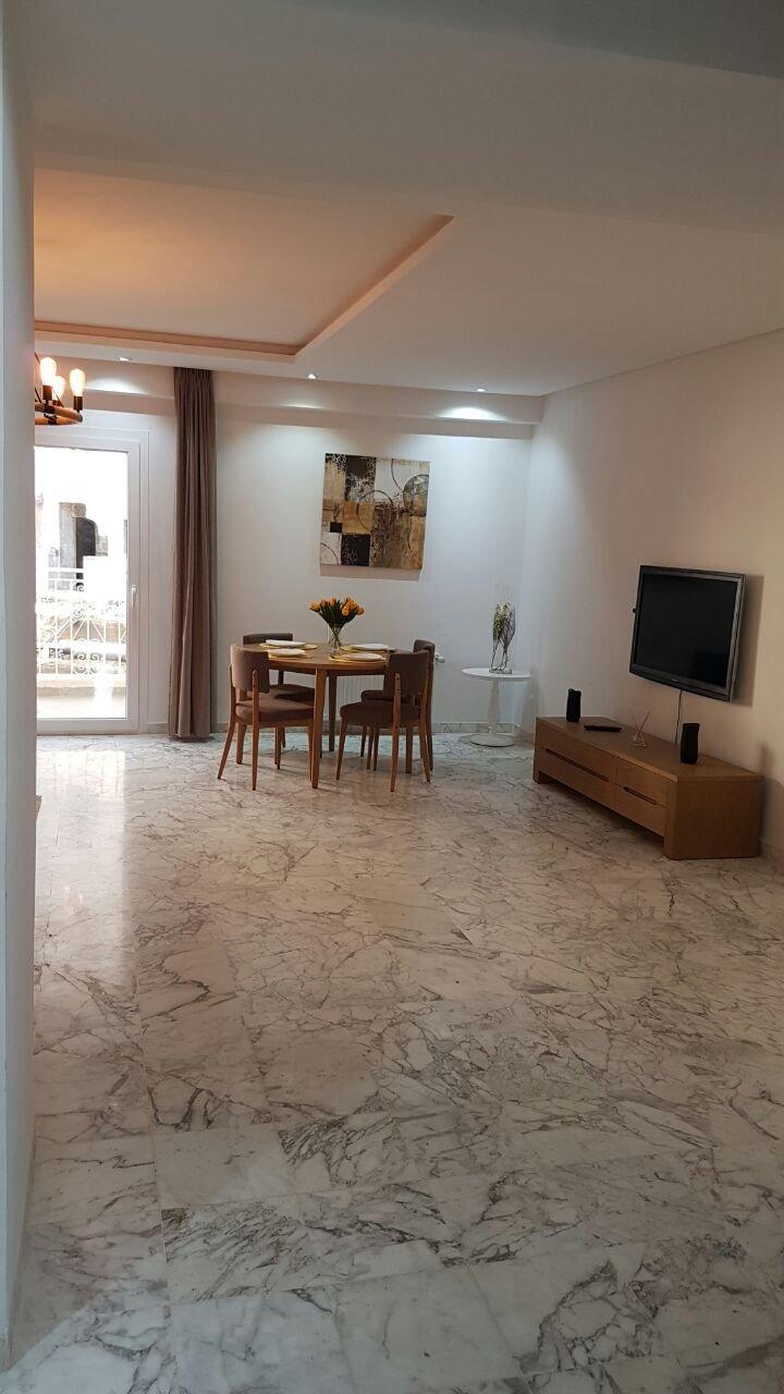 Apartment 2 rooms on sale in El Menzah 9