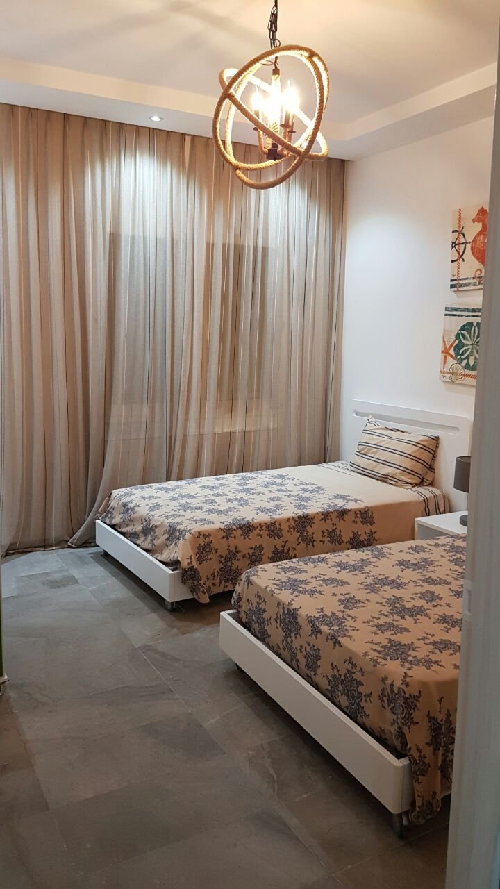 Appartement 2 chambres en vente 1er etage à El Menzah 9