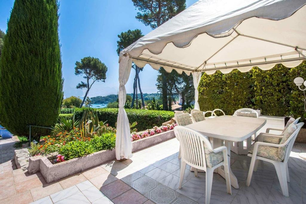 Nice villa Cap d'Antibes with sea view