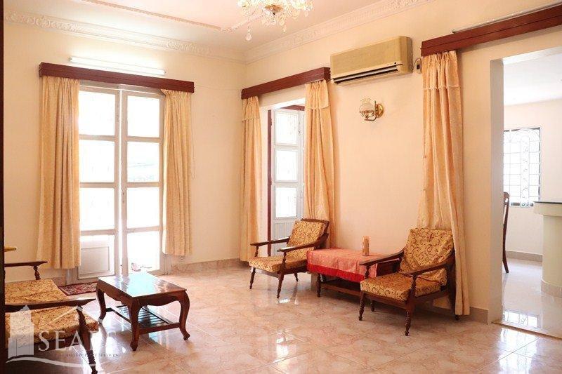 3 BEDROOMS APARTMENT FOR RENT IN BKK1 AREA