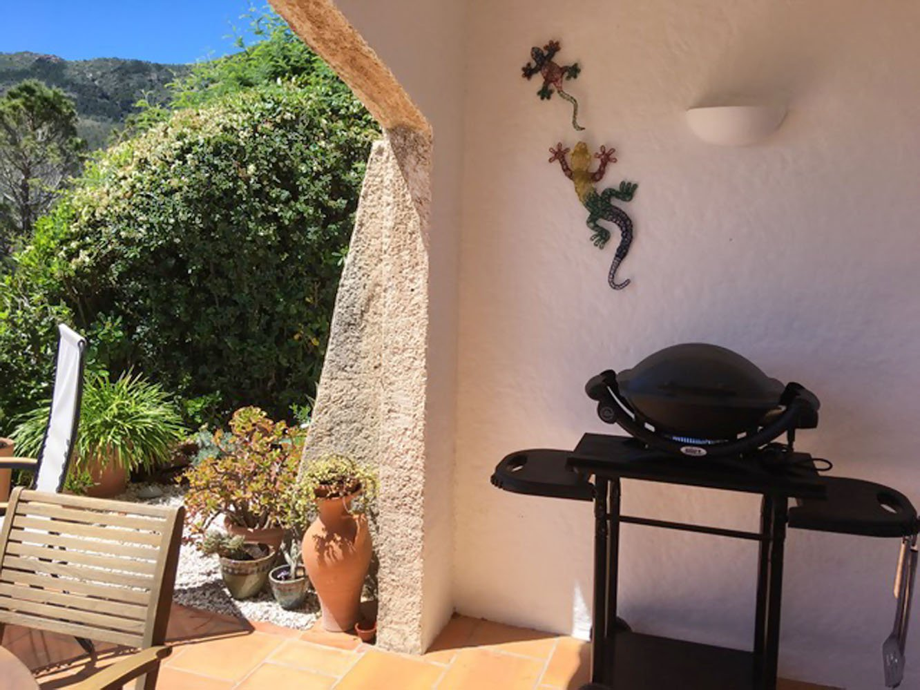 Terraced house living room, 2 bed rooms. (4 sleeps) 2 bathrooms,  2 terraces sea view  * MMV 003 *