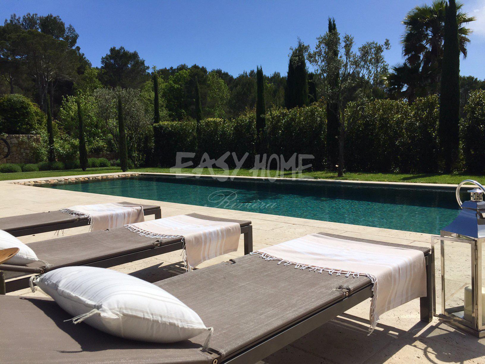 location saisonnière villa Contemporaine - Mougins