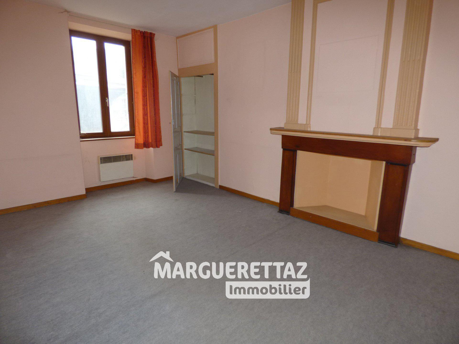 Appartement T3 avec grand balcon