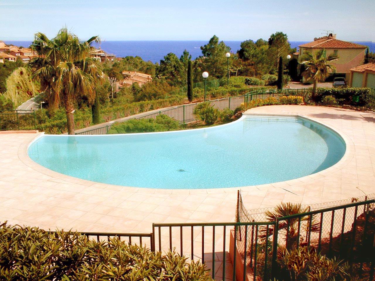 jolie villa jumelée avec vue mer