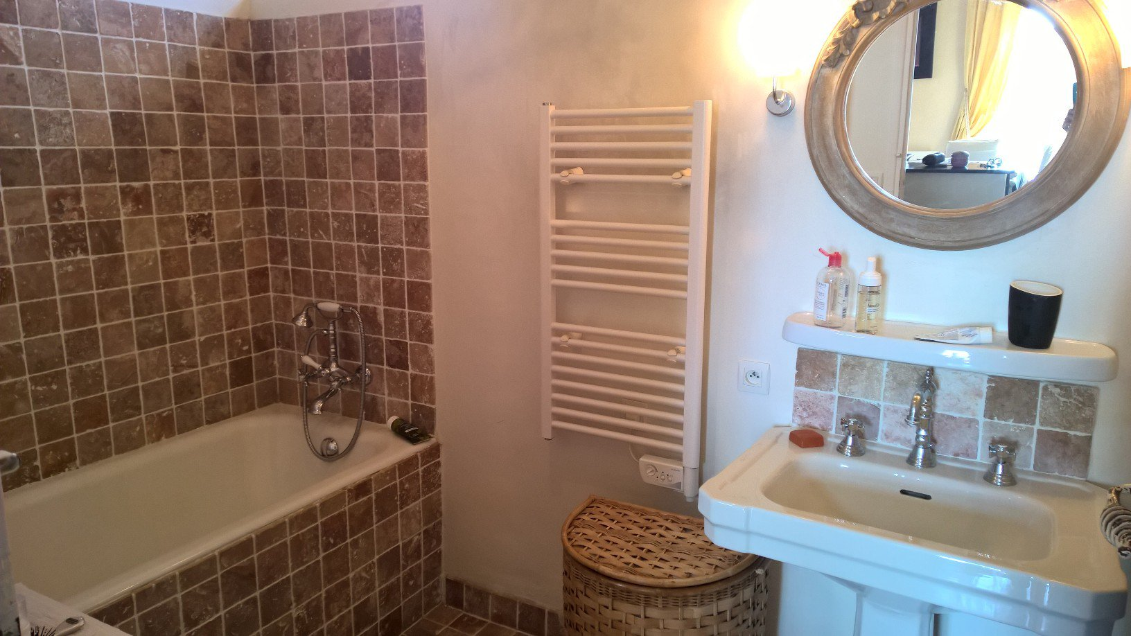 WATERFRONT APPARTMENT 5 ROOMS IN AGAY - SAINT RAPHAEL