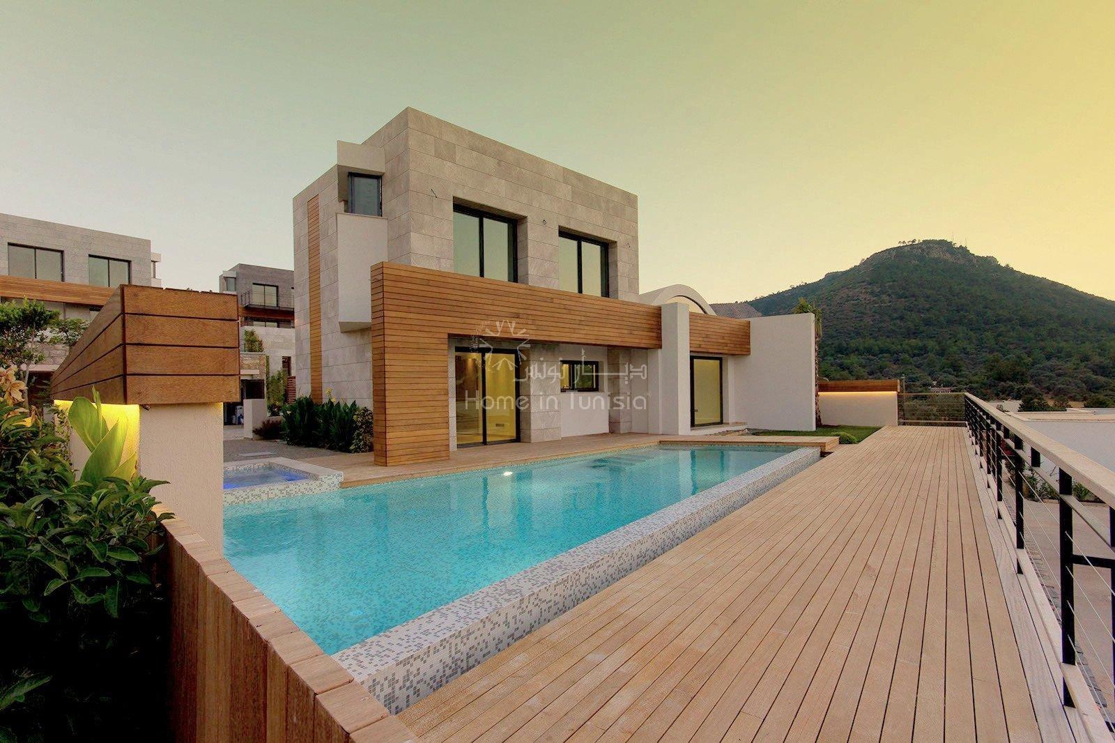 Ensemble de 12 villas de luxe avec piscine et vue panoramique mer
