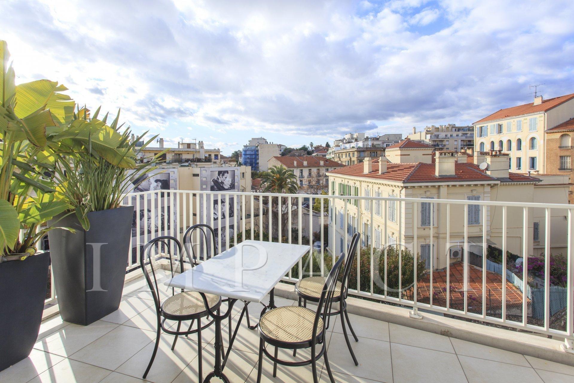 Appartement moderne Location saisonnière Cannes Centre