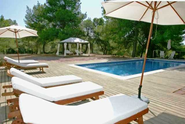 Charming house in Cala Jondal