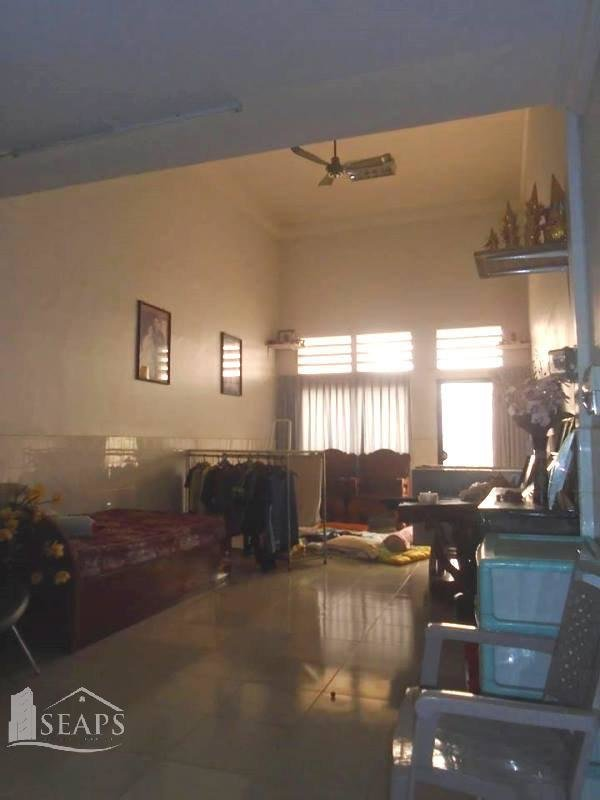出租  Kampot