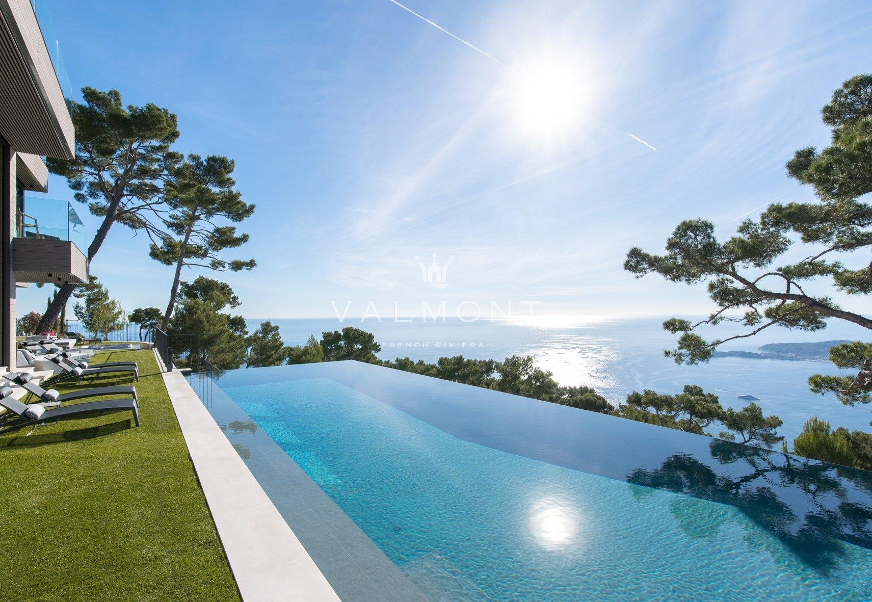 EXCEPTIONAL MODERN PROPERTY NEAR MONACO