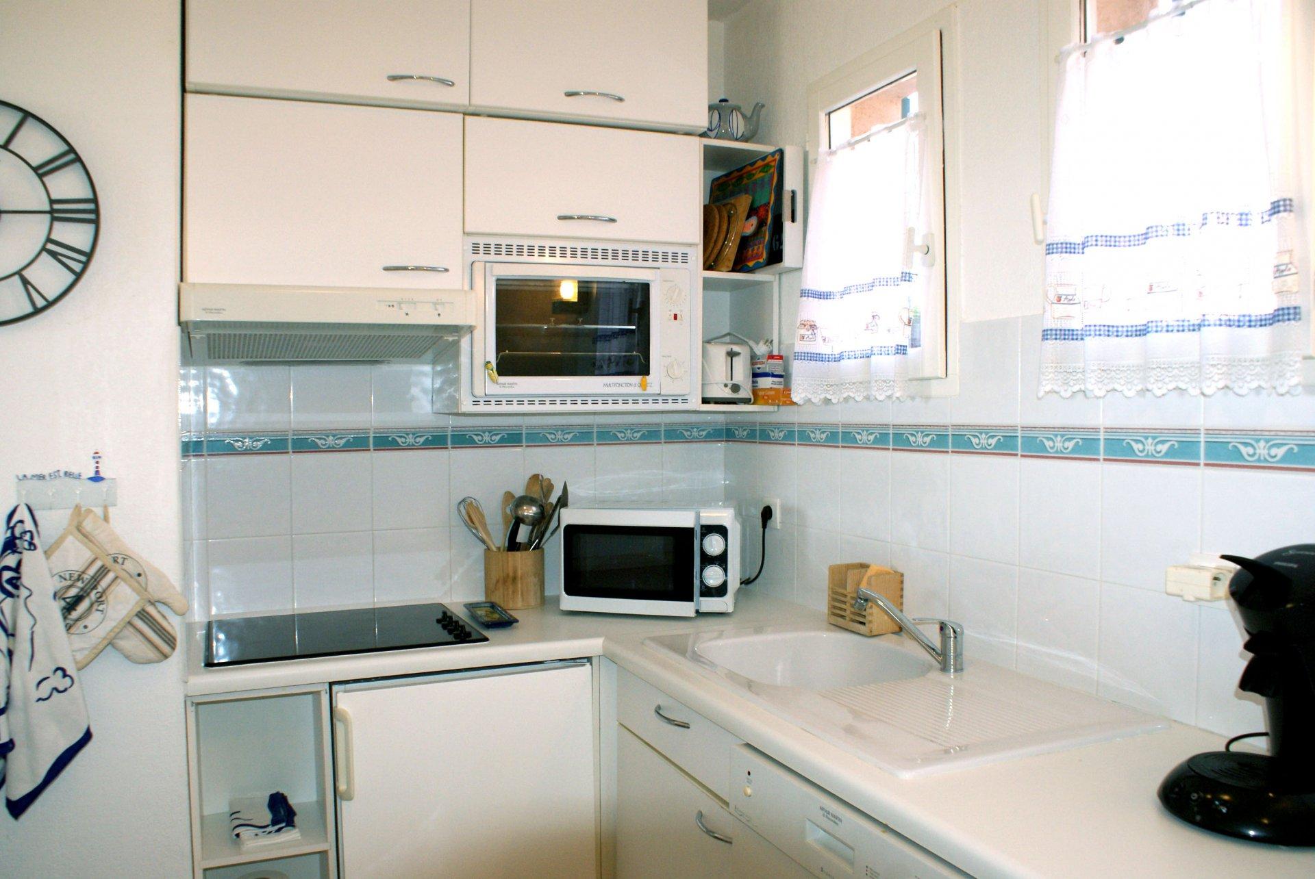 2 Zimmer (4 Personen) amerikanische Küche Terrasse  Meerblick * RO 38 *