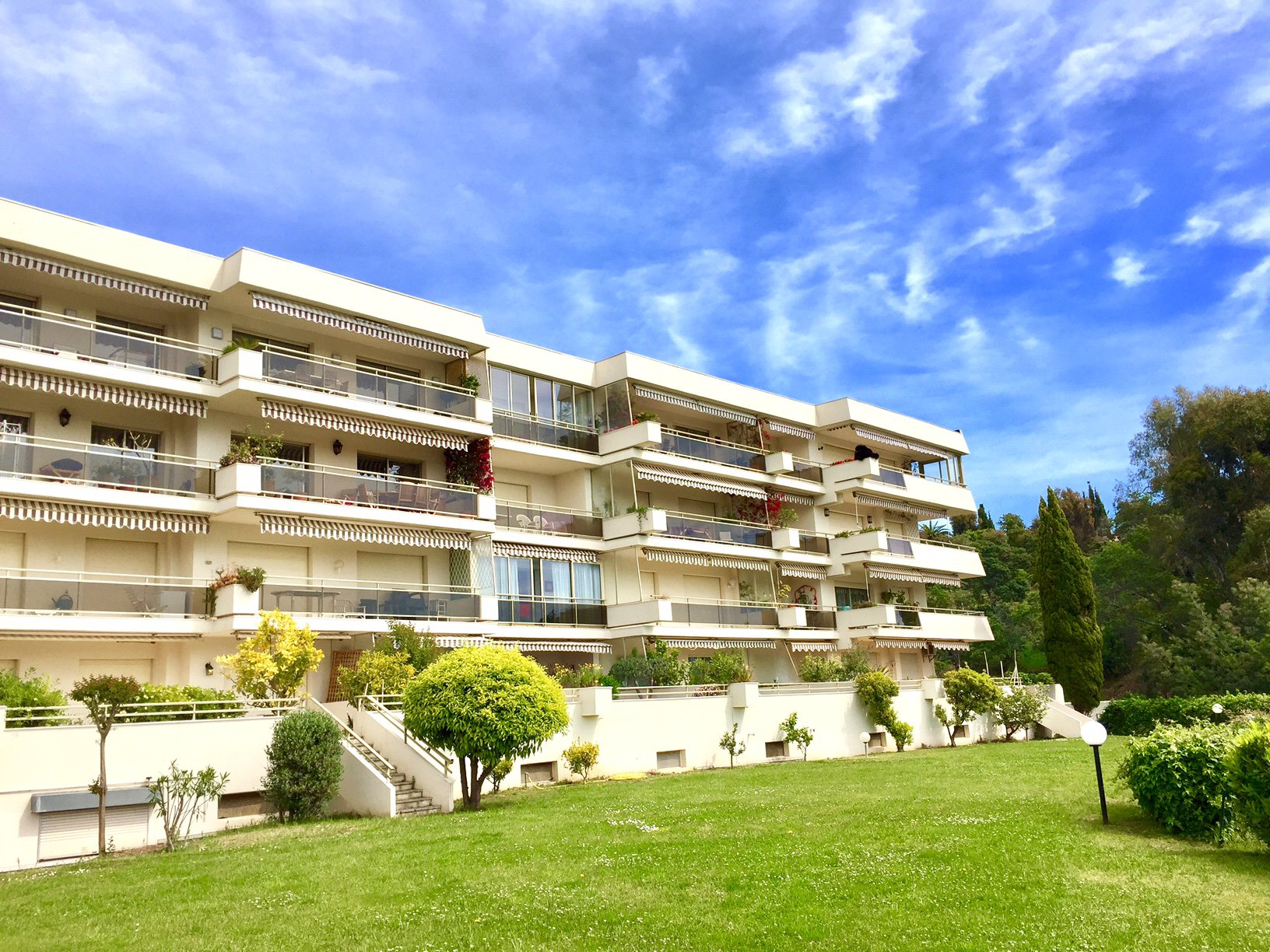 Sole Agent - Top floor - Sea view