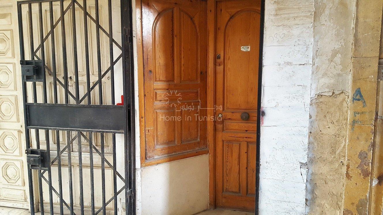 immobilien zum verkauf 1 schlafzimmer immobilien zum verkauf in sousse sousse tunesien. Black Bedroom Furniture Sets. Home Design Ideas