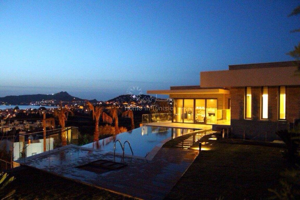 Bodrum villas of high standing panoramic views over the bay, the sea and the islands