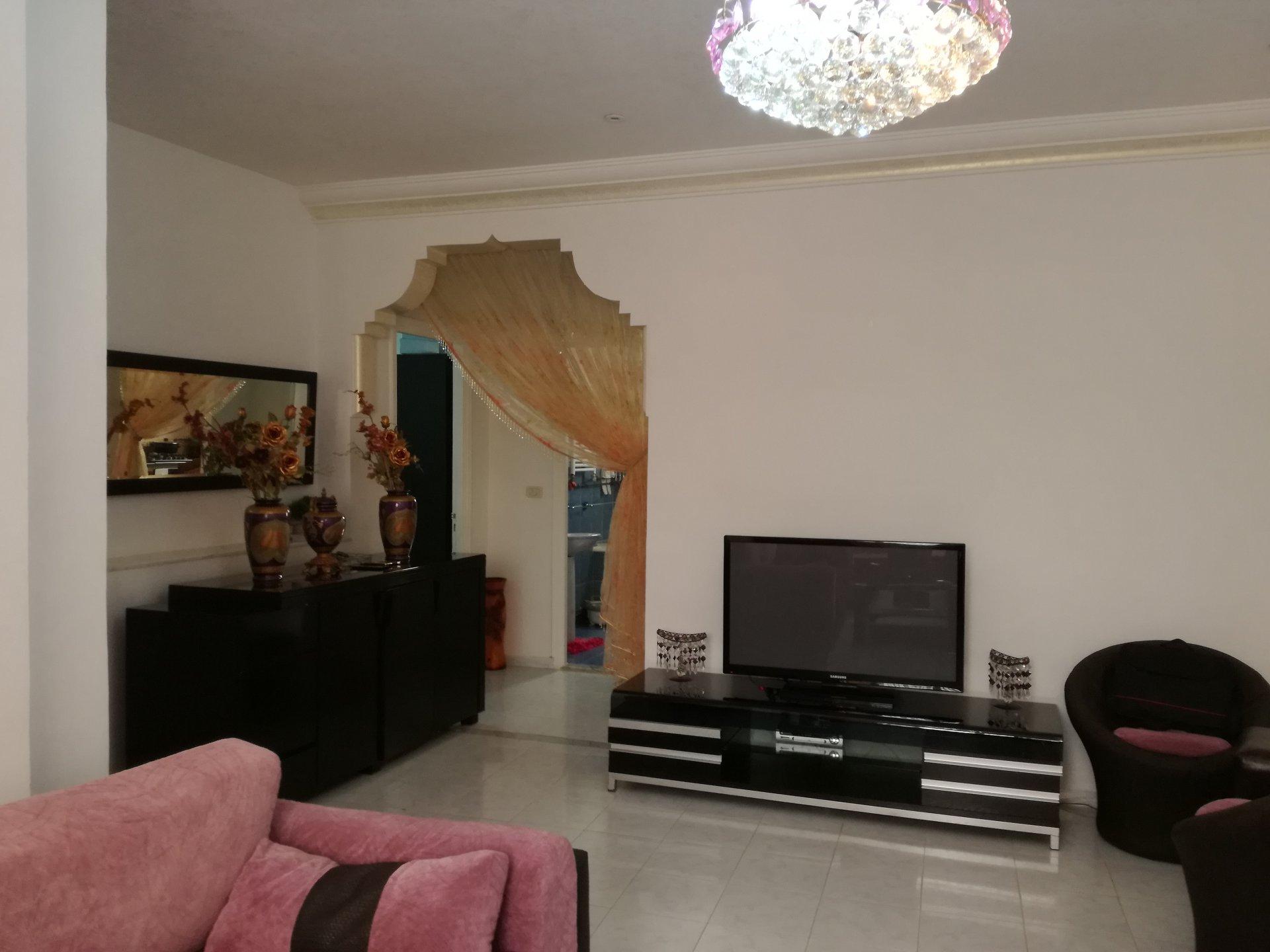 Etage de villa meublé