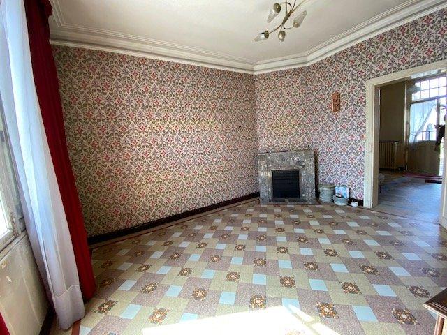 Maison de ville à restaurer - Château la Vallière