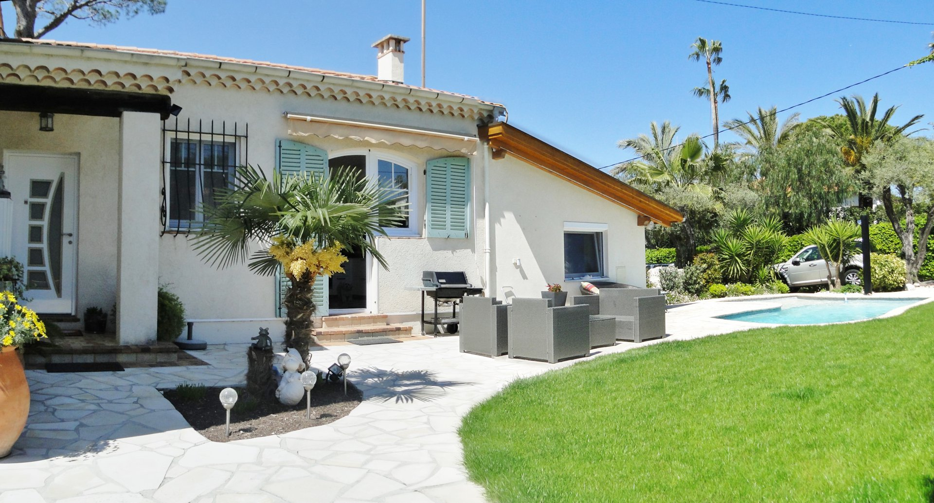 CHARMING VILLA TO RENT PER MONTH FOR SUMMER TIME
