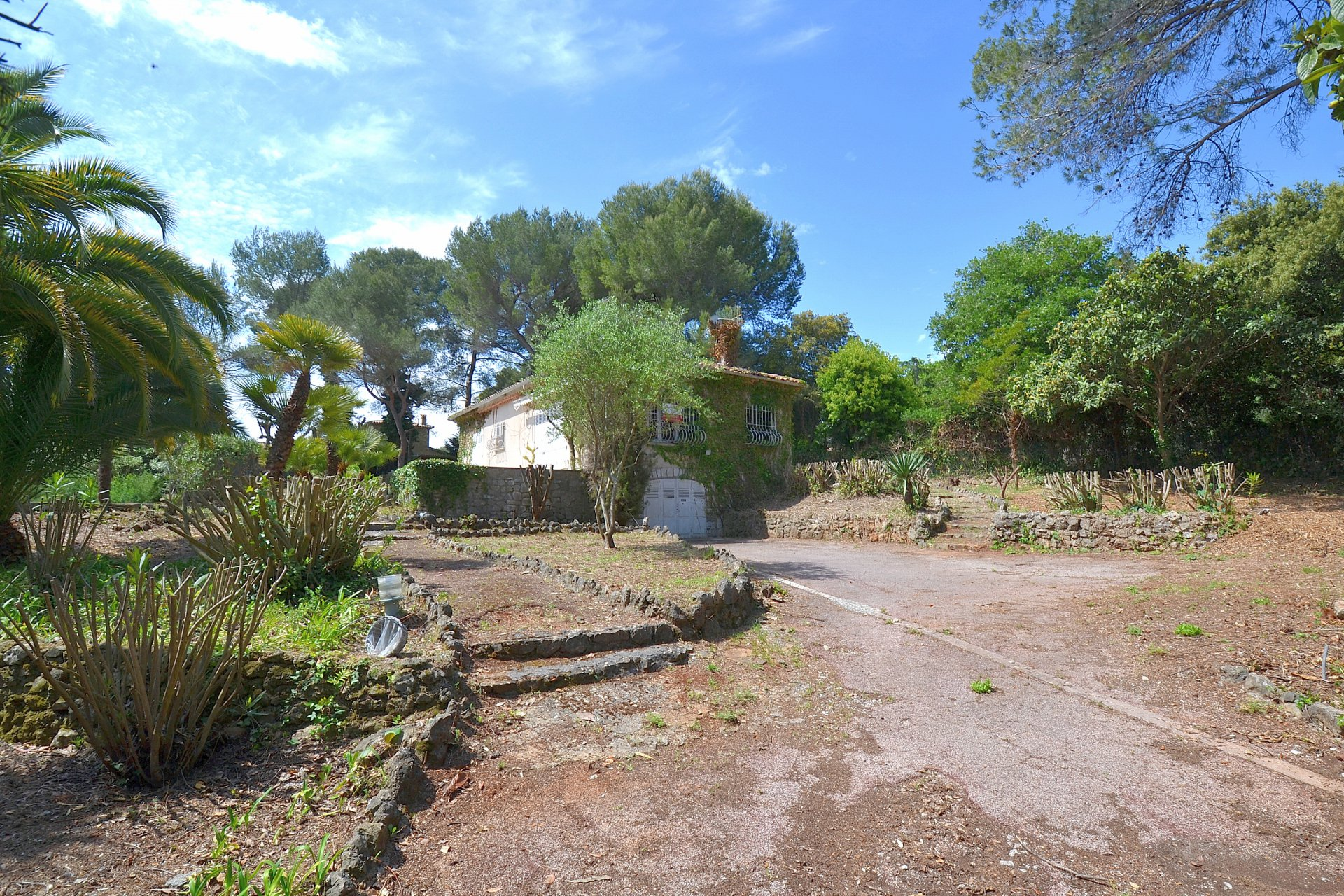 Sale Plot of land - Biot Les Clausonnes