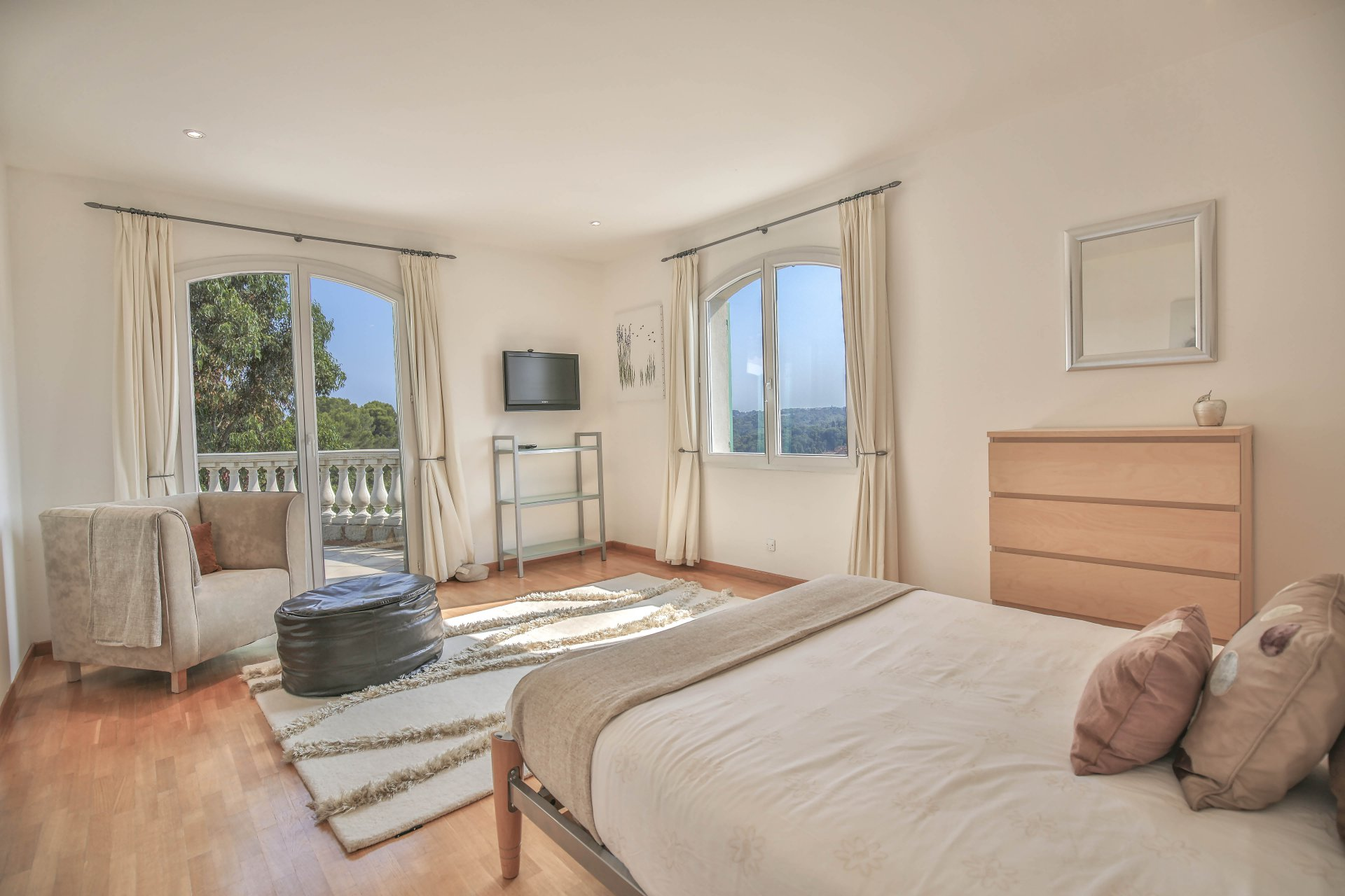 Seasonal rental Villa - Biot