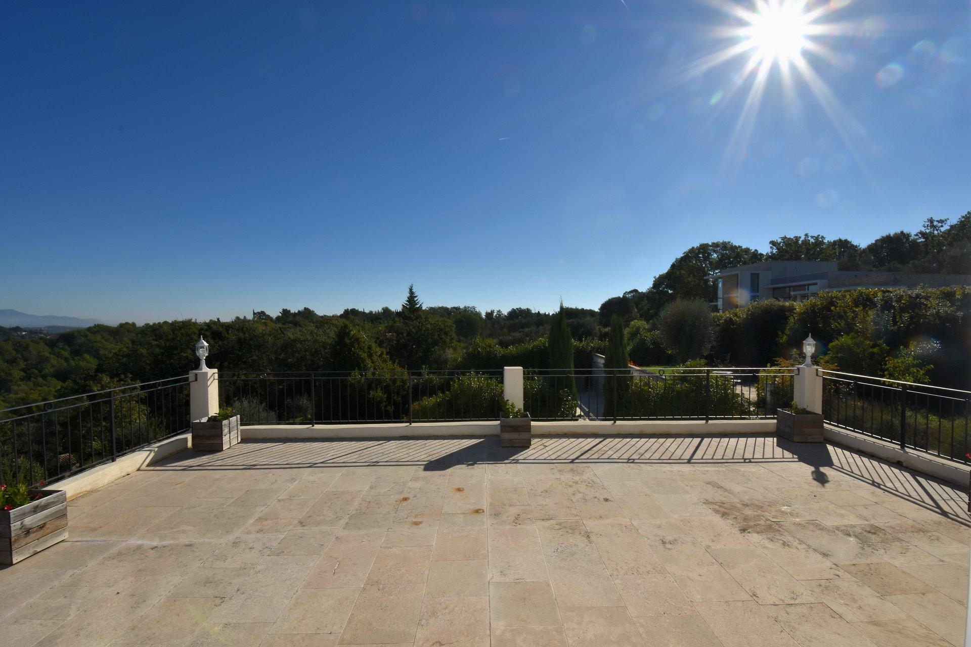 Vendita Villa - Valbonne