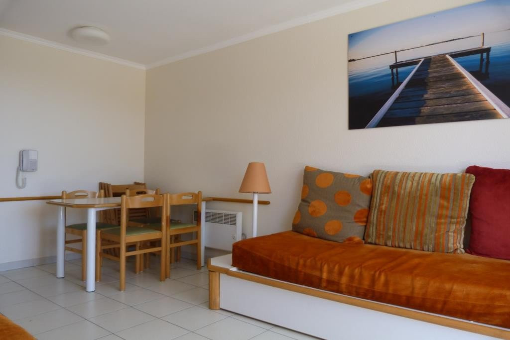 Apartment Stage 1st, View Sea, position south, General condition Good, Kitchen Fitted, Heating Separate ...