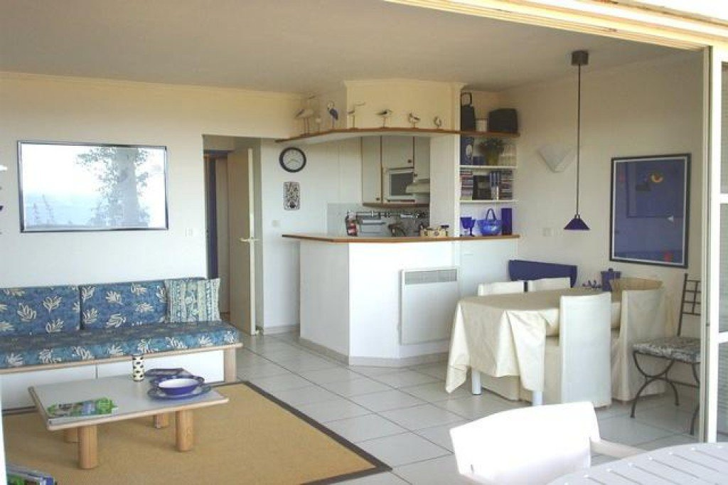Apartment Stage 2, View Sea, position south, General condition Good, Kitchen American, Heating Separate ...