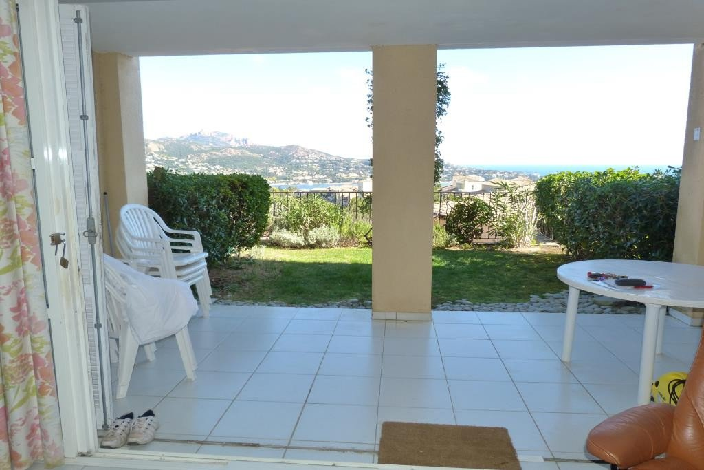 Apartment Stage 1st, View Panoramic sea, position south east, General condition Good, Kitchen Kitchenette, ...