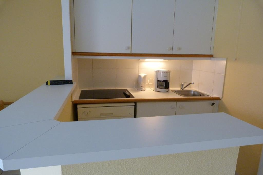 Apartment Stage 2nd, View Sea, position south east, General condition Good, Kitchen American, Heating ...