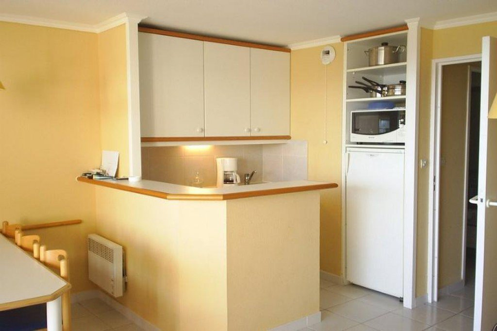 Apartment Stage 1st, View GOLF, position  , General condition Good, Kitchen Fitted, Heating Separate ...
