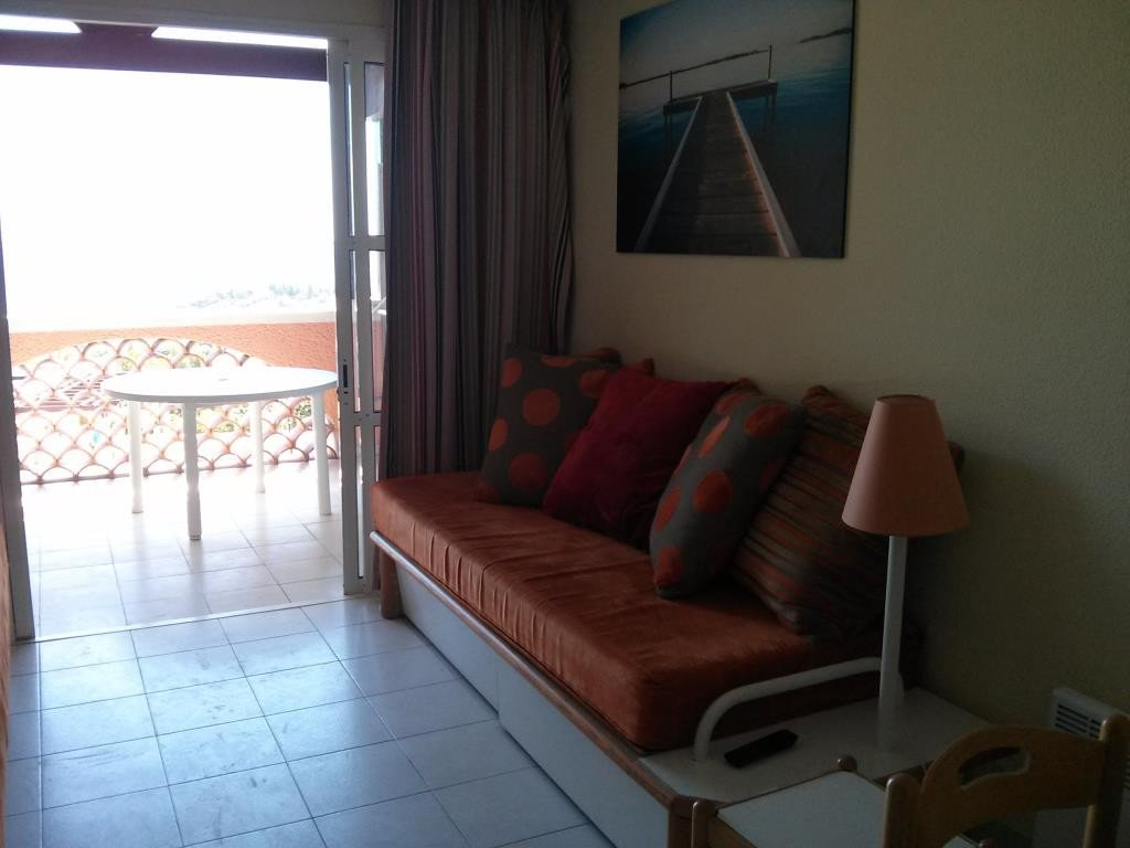 Apartment Stage 2nd, View Sea, position south east, General condition Excellent Bedrooms 2, Bath 1, ...