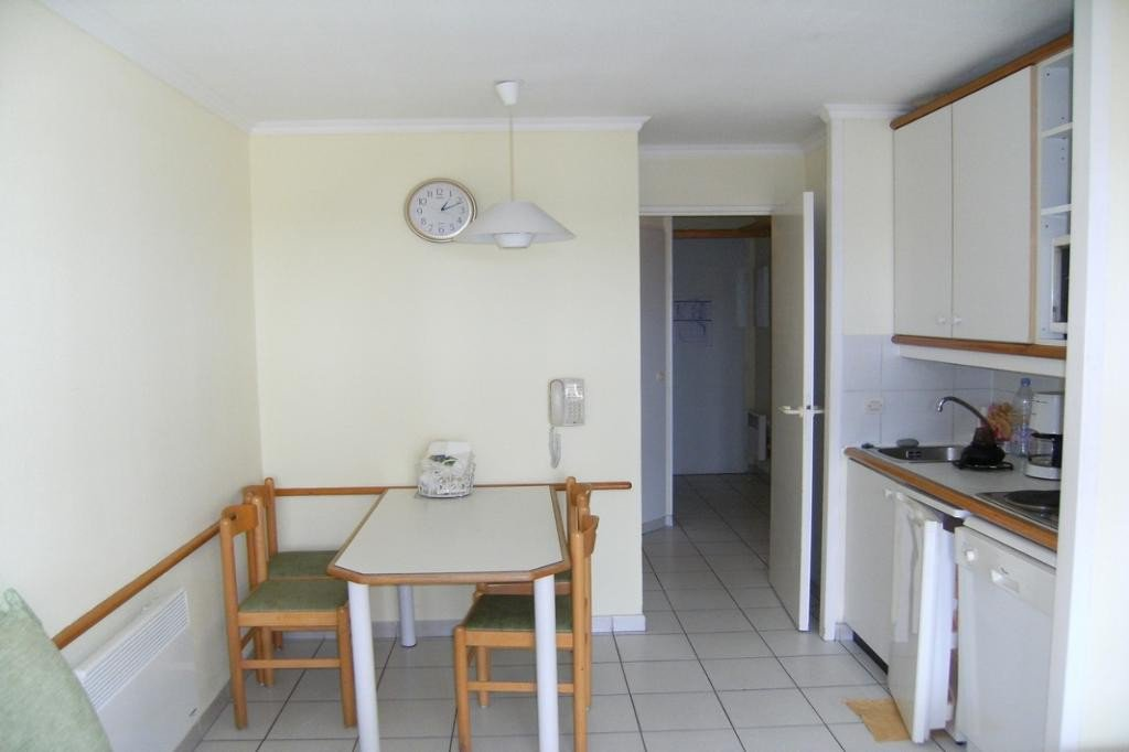 Apartment Stage 1st, View Sea, General condition Good, Kitchen Fitted, Heating Separate electric, Hot ...