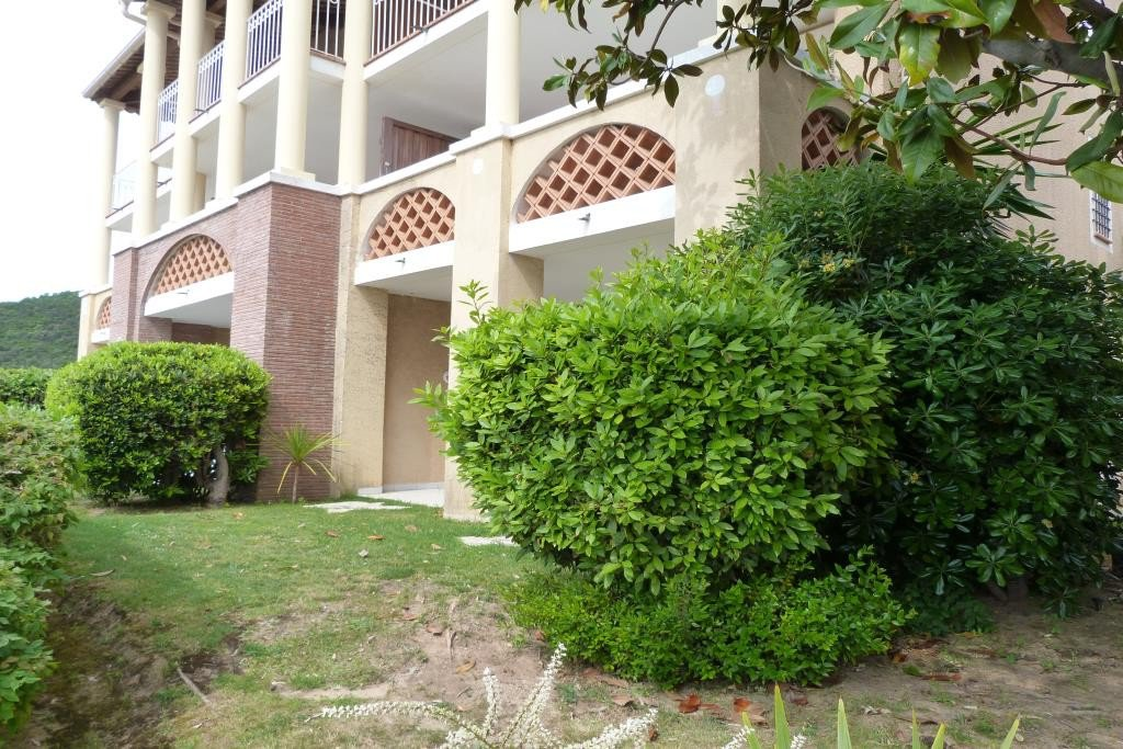 Apartment Stage Garden level, View Sea, Position south east, General condition Good, Kitchen Fitted, ...