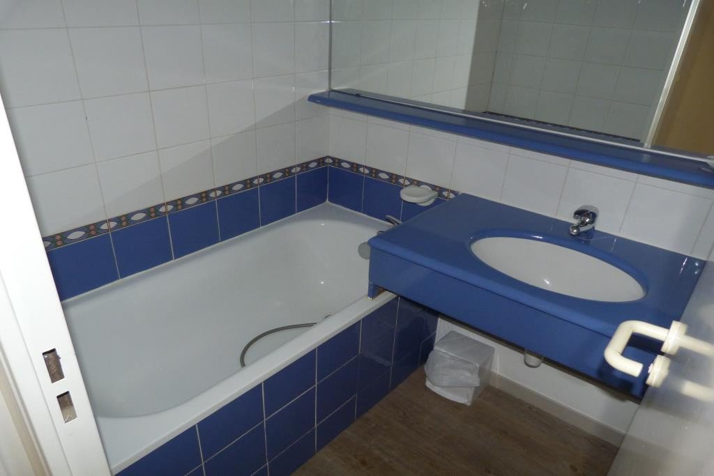 Apartment Stage 2nd, View Sea, Position south east, General condition Good, Kitchen Fitted, Heating ...