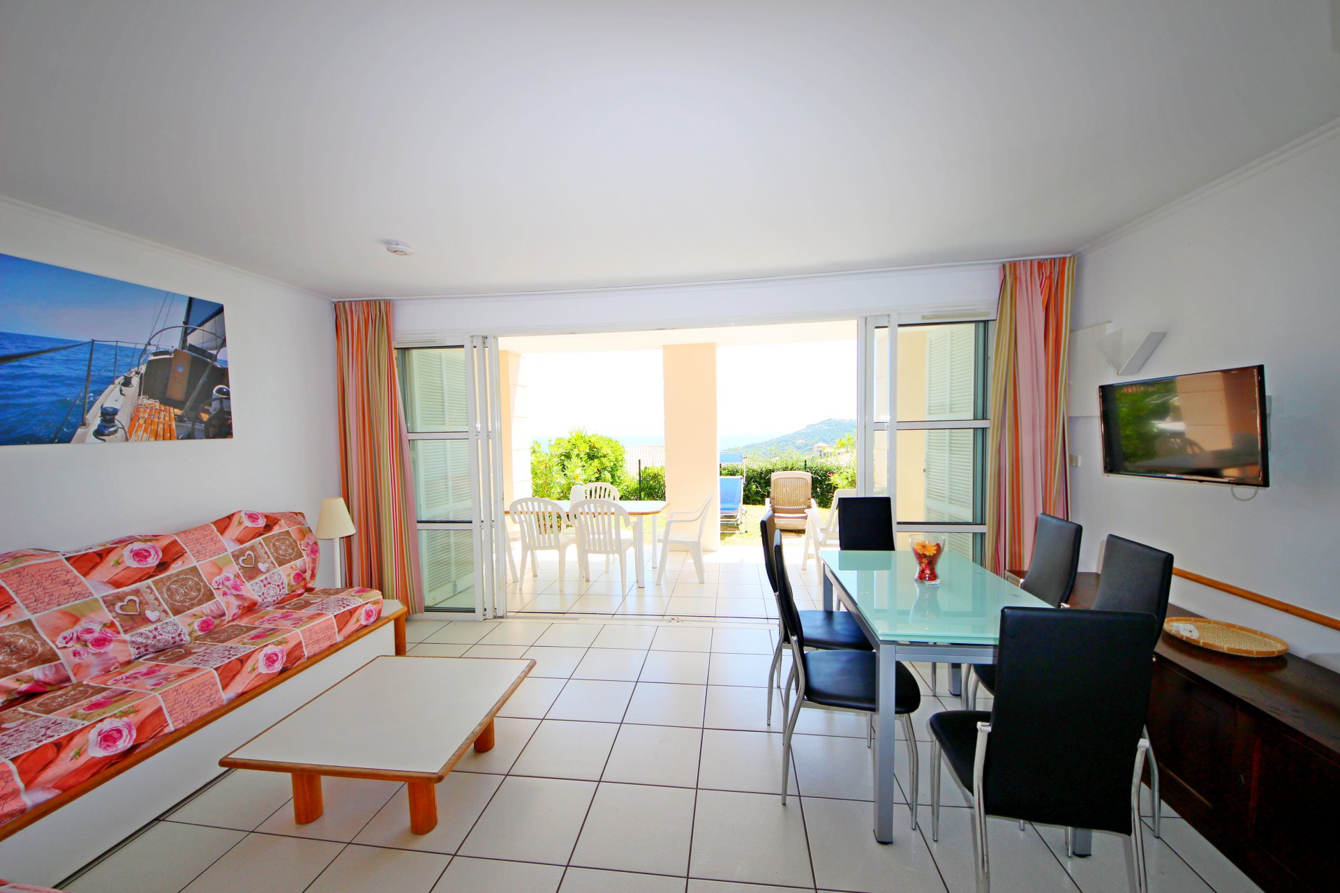 ApartmentStage 1st, View Panoramic sea, position south east, General condition Good, Kitchen Kitchenette, ...