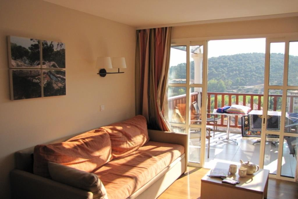 Apartment Stage 4th, View Sea and mountain, Position south east, General condition Good, Kitchen Kitchenette, ...