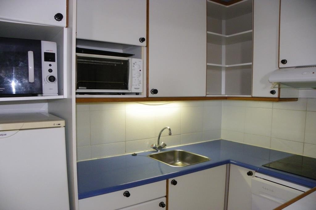 Apartment Stage 1, View Sea, position south east, General condition Good, Kitchen Fitted, Heating Separate ...