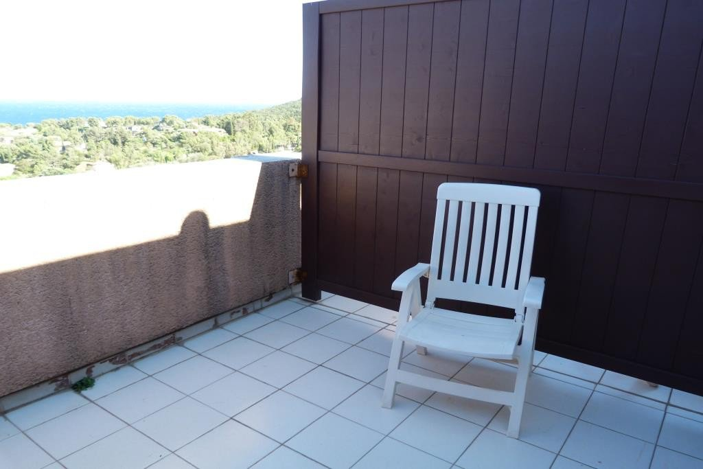 Apartment Floor 2nd, View Sea, Position south east, General condition Good, Kitchen Fitted, Heating ...