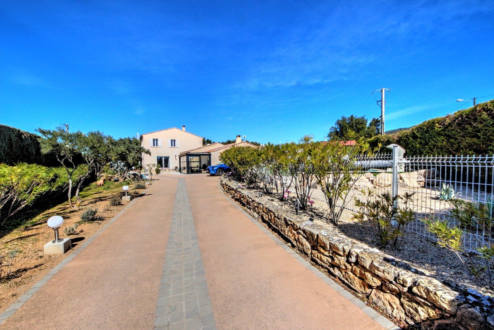 Superbe propriété avec 2 maisons idéal gite ou 2 familles