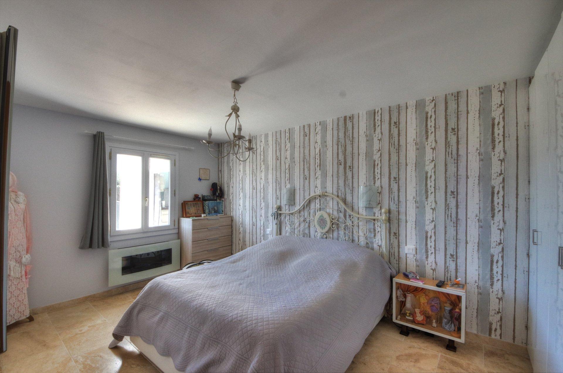 Chambre avec salle de douche - maison provencale Verdon Var