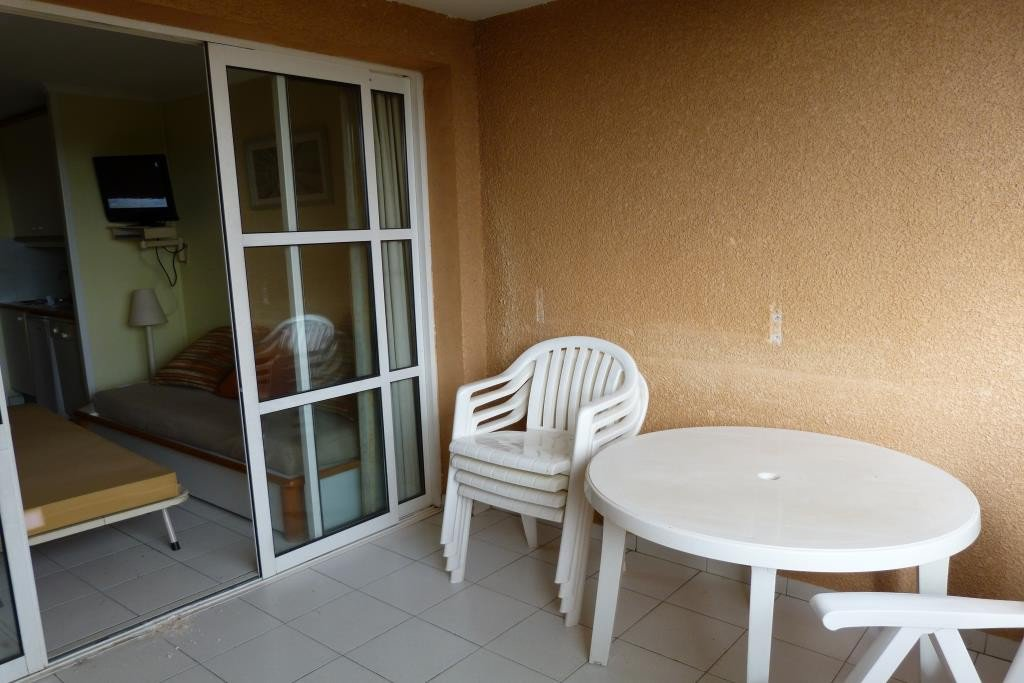 Apartment Stage 1st, View Unobstructed, position east, General condition To refurbish, Kitchen Kitchenette, ...