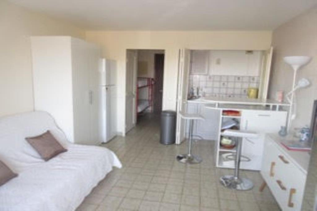 Apartment Floor 1st, General condition Good, Kitchen Fitted, Rental Seasonal Bath 1, Toilet 1, Balcony ...